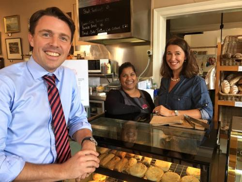 Chatting to Jane and Merilyn from Ingleside Bakery Cafe, Evandale